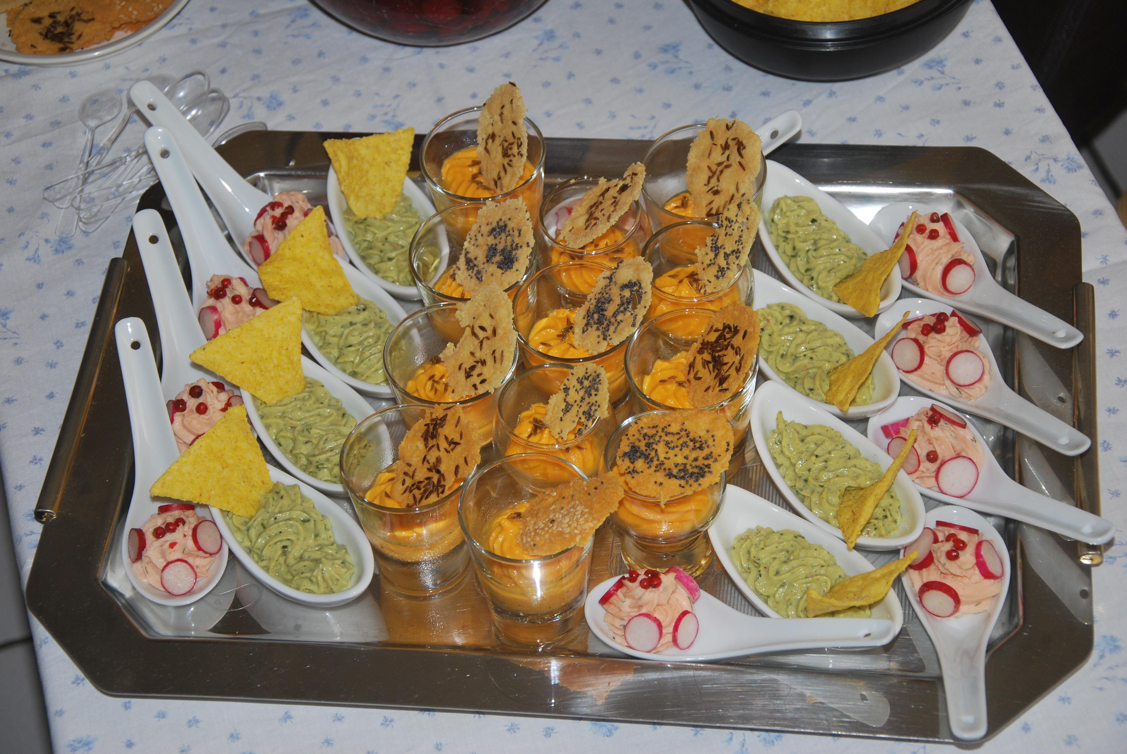 Plateau de verrines pour un ap ro recettes pour mes puces - Petites cuilleres aperitives pour apero sympa ...
